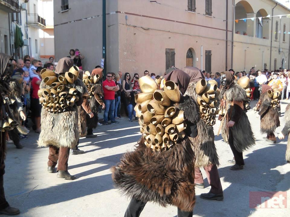 Mamuthones, foto Caria